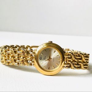Vintage Oscar de la Renta Diamond Accent Watch